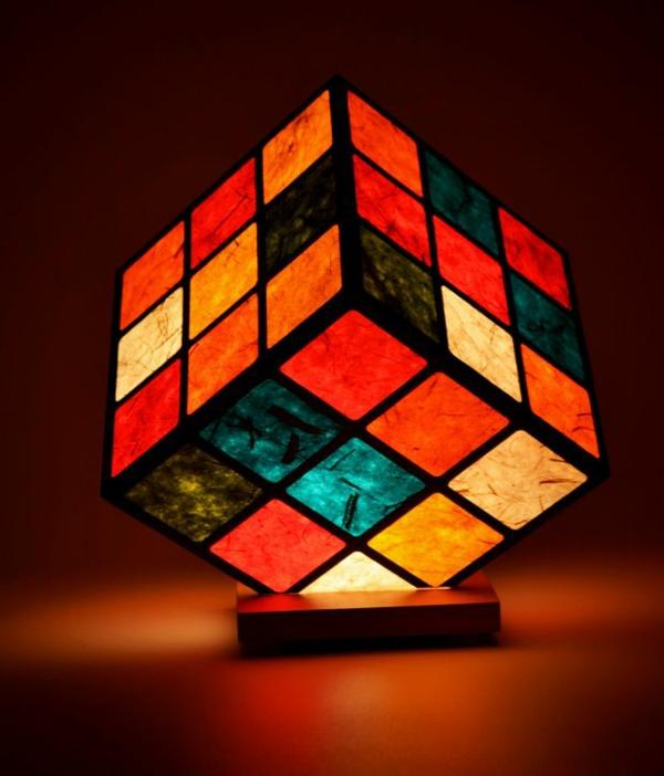 rubik's-zauberwürfel-lampe