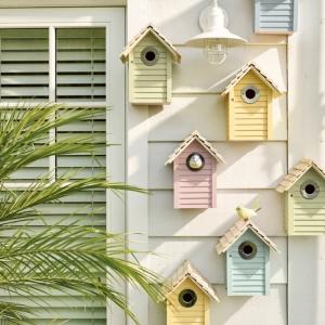 schöne bunte vogelhäuser inspiration upcycling ideen basteln inspiration