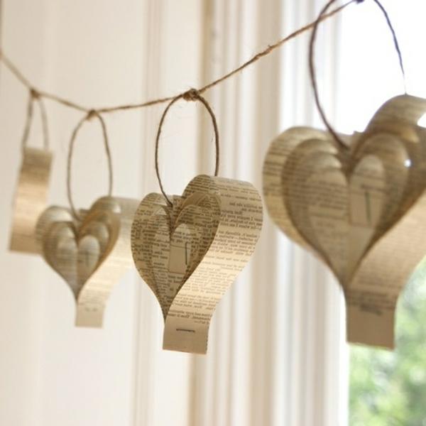 schöne-hängende-herzen-aus-papier-selber-basteln-kreative idee