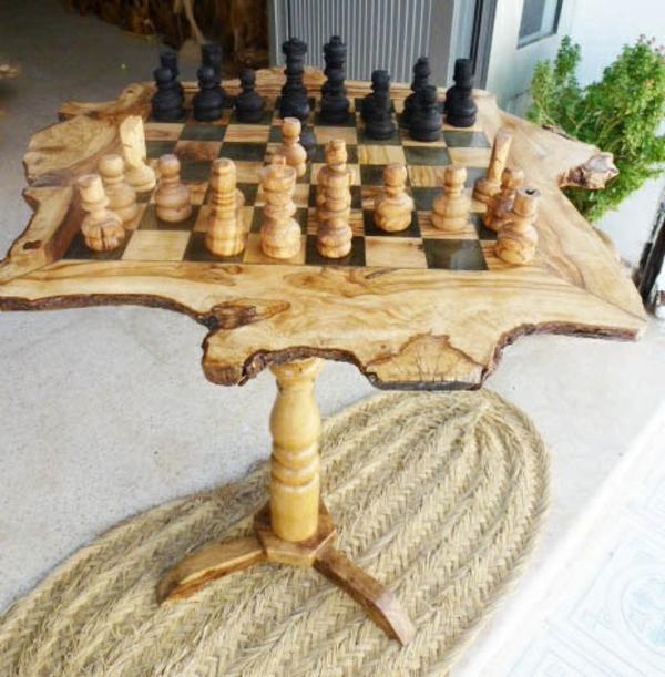 Schachspiel aus holz klassik f r die freizeit for Schachbrett selber bauen