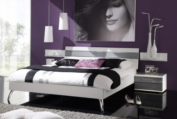 schlafzimmer lila wand. Black Bedroom Furniture Sets. Home Design Ideas