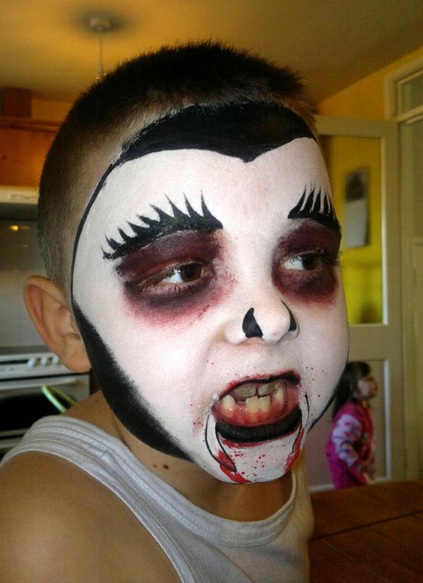 schminken-vampir-kreativ-schrecklich aussehen