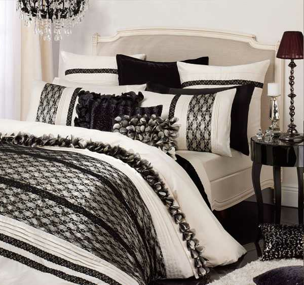 schwarz wei e bettw sche m belideen. Black Bedroom Furniture Sets. Home Design Ideas