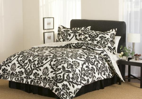 schwarz-weiße-bettwäsche- weiße gardinen