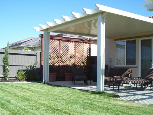 sehr-schönes-sonnensegel-für-terrasse-wunderschön wirkend