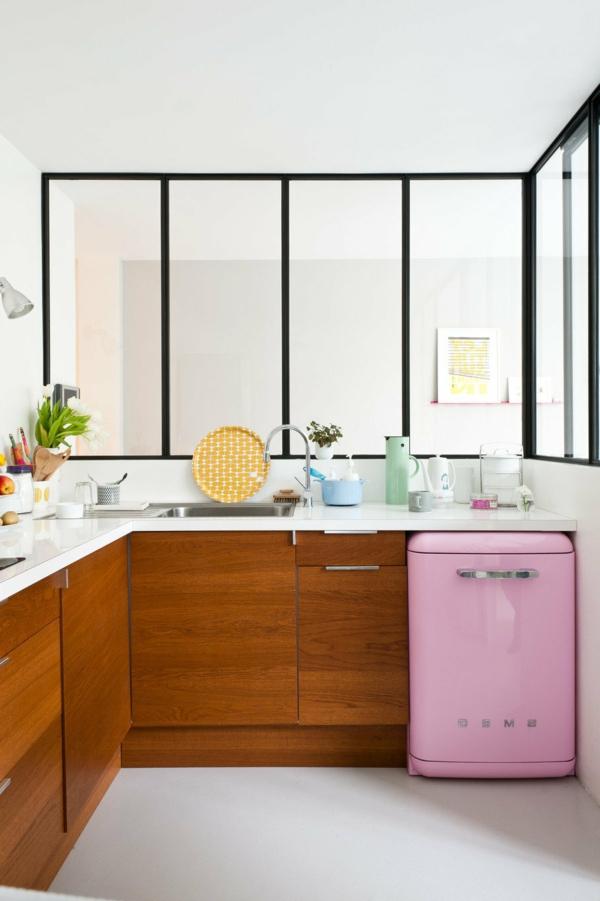 smeg-kühlschrank-rosa-super passend für kleine küchen