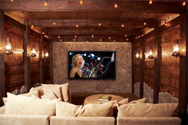 stessless-couch-mi-modernen-heimkino-gestaltung-aus-holz