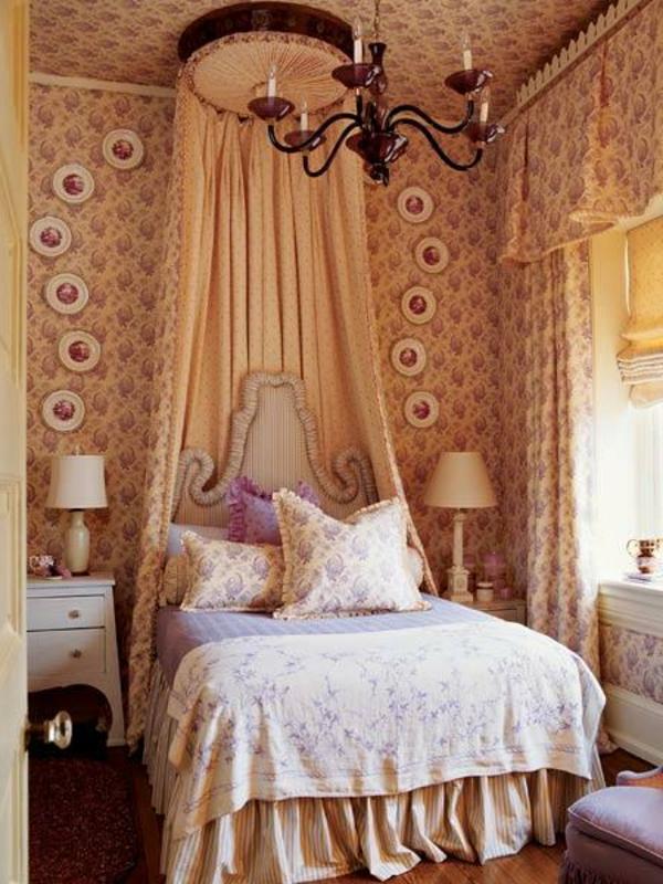 super-elegante-schlafzimmergardinen-kronleuchter