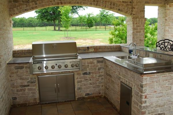 super-schöne-outdoor-küche-Sehr schön wirkend