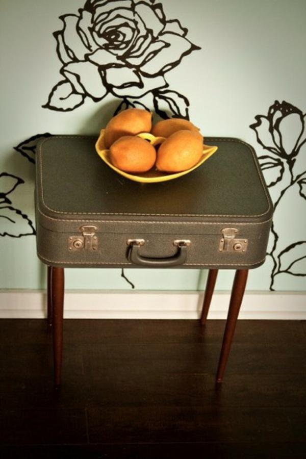 super-tisch-möbel-mit-vintage-look-selber-machen