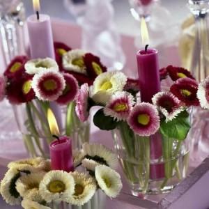 Tischdeko mit Blumen - 35 super Ideen!