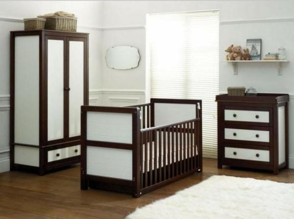 ultramoderne-babyzimmergestaltung-holz-kreativ-teppich in weiß