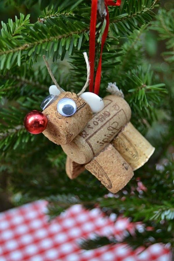 verblüffende-idee-für-basteln-mit-korken-Damhirsch Spielzeug auf den Weihnachtsbaum hängen