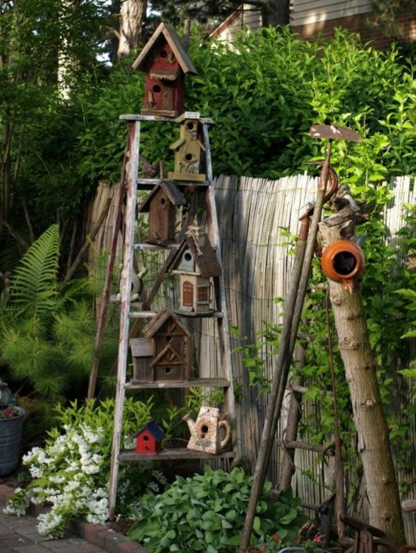 vogelhaus-selber-bauen-im-garten- viele modelle