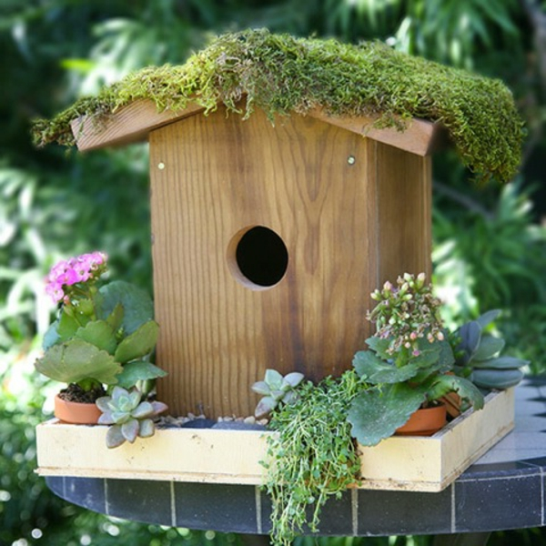 vogelhaus-selber-bauen-interessante-gestaltung- süß aussehen