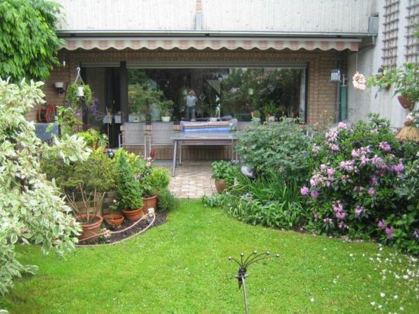 vorgartengestaltung-reihenhaus-img_3563.serowy.sm