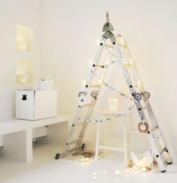 weihnachtsdeko-basteln-schöne dekorierte treppe