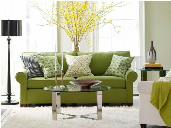 wohnzimmer-sofa-grüne-farbtöne