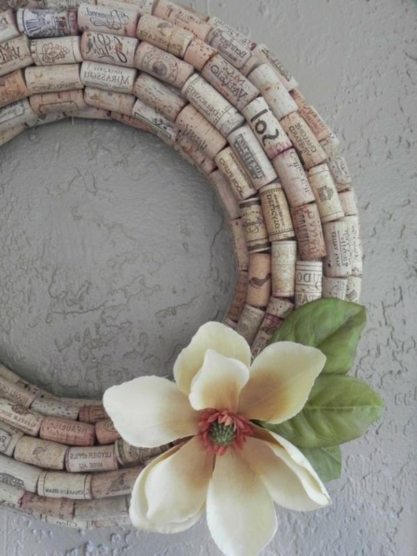 wunderschöne-idee-für-basteln-mit-korken-wunderschöne weiße blume