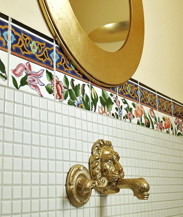 wunderschöne-orientalische-fliesen-goldene gestaltung