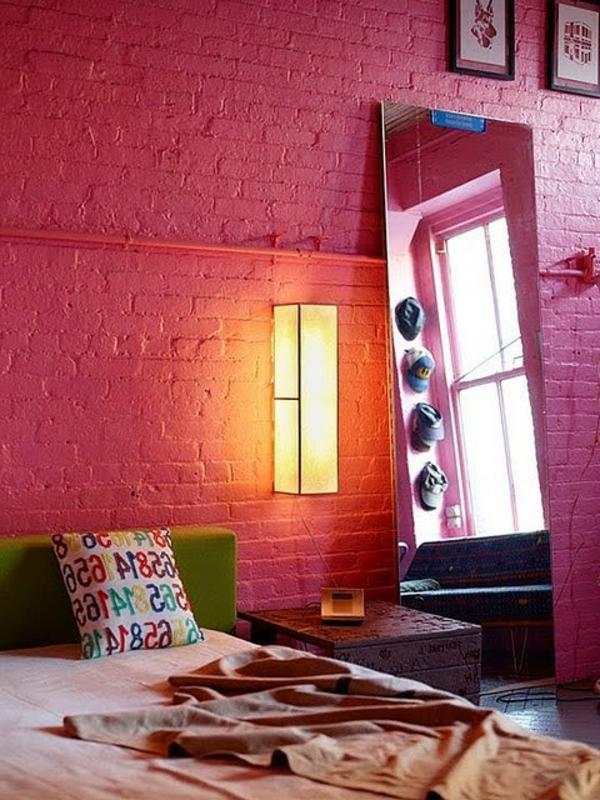 wand-mit-ziegelsteinen-schlafzimmer-wandgestaltung
