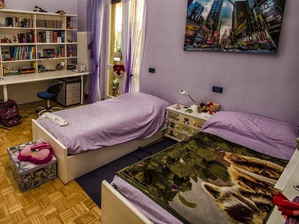 Moderne Wandgestaltung für Mädchenzimmer