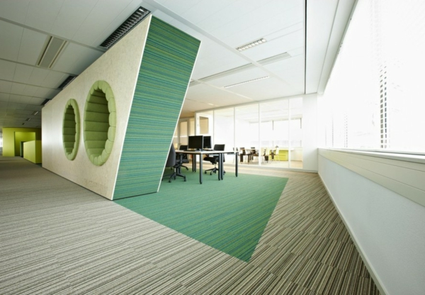 Farbbedeutung-Grün-modernes-Büro-grün-weiss-mit-einfachen-Linien