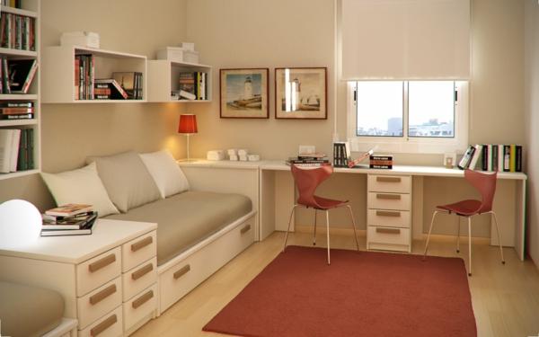 Farbideen-für-Kinderzimmer-wandfarben-in-beige-roter-teppich-weiße-schränke