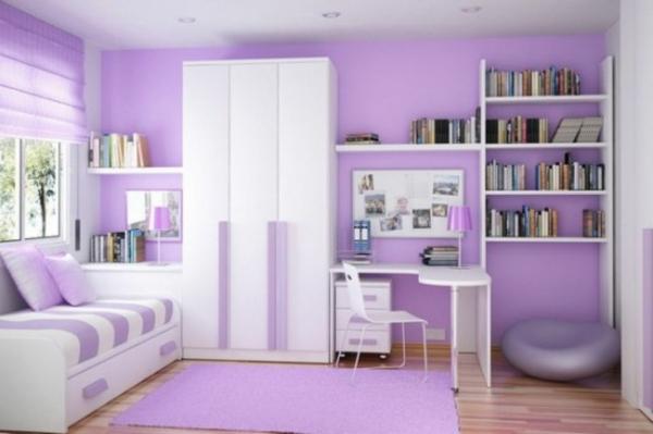 Farbideen-für-Wand-im-lila-und-weiss-mit-weissem-regal