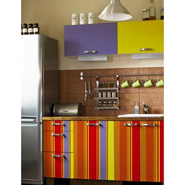 k chenschr nke bekleben f r eine frische ver nderung in. Black Bedroom Furniture Sets. Home Design Ideas
