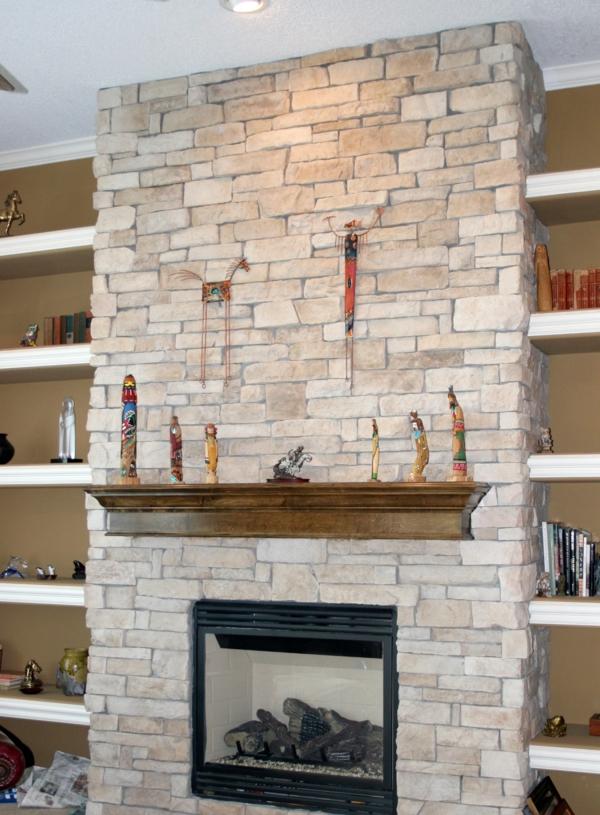 Natursteinwand im wohnzimmer im landhausstil gestalten - Kaminwand gestalten ...