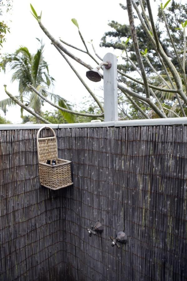 Bambus- Außendusche- Sichtschutzzaun