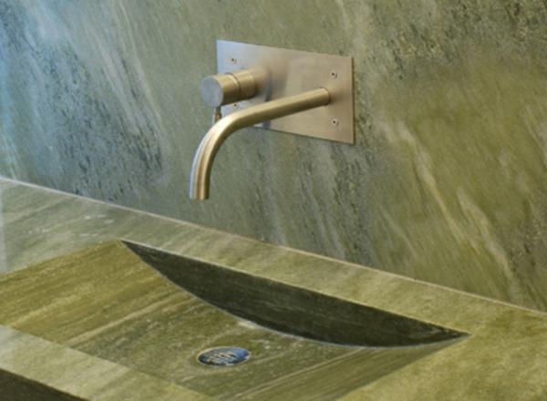 bad-grüner-marmor-waschbecken-eleganter look