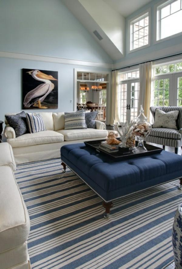blaue-farbtöne-akzent-deko-stühle-tisch (2)