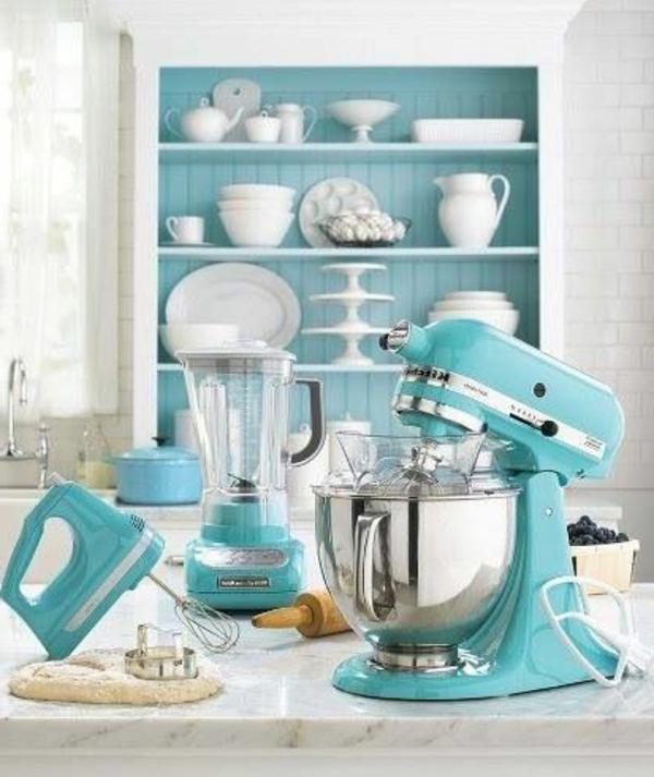 blaue-farbtöne-akzent-küchengeräte