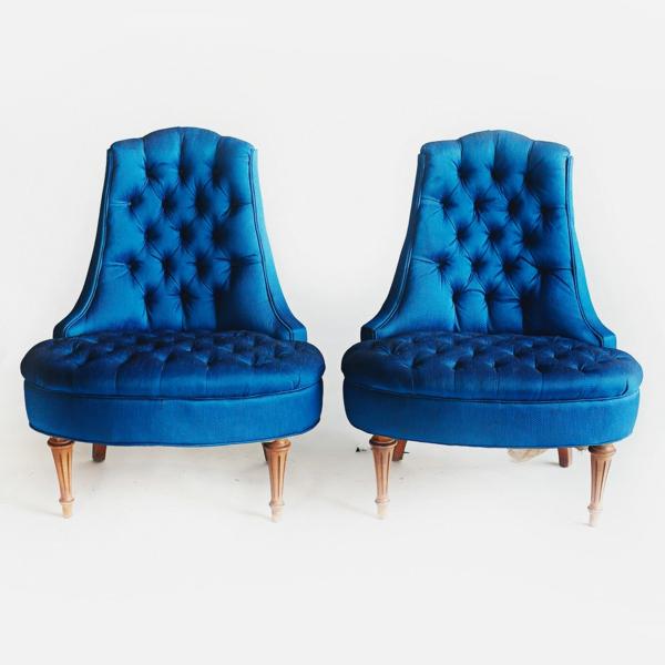 blaue-stühle-doppelt