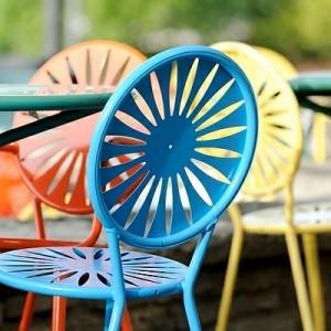 Blaue Stühle und Sessel - eine moderne Design - Entscheidung!