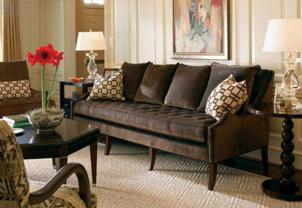 Braunes Sofa – eine praktische Möbel für das Wohnzimmer