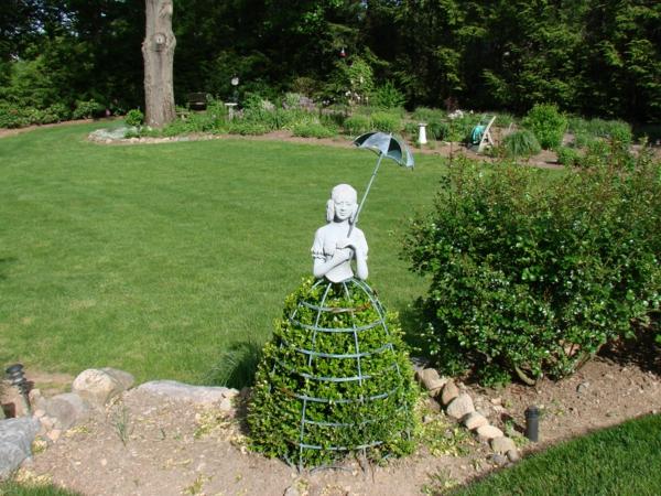 buchsbaum-formen-mädchenfigur