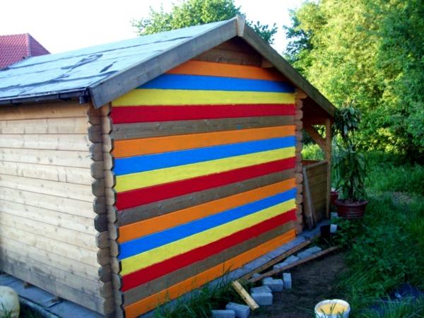 bunte-farben-für-gartenhaus-bretter in vielen farben