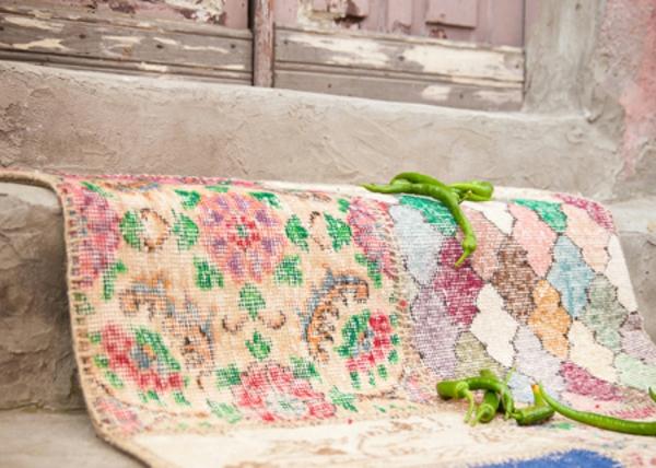bunte-vintage-teppiche-helle farbtönungen