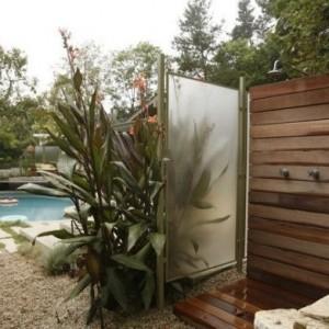 Sichtschutz für Gartendusche - 35 tolle Beispiele!