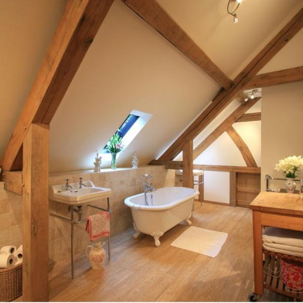Badezimmer Beispiele Mit Schräge : Möchten Sie Ein Traumhaftes Dachgeschoss  Einrichten Tolle Ideen