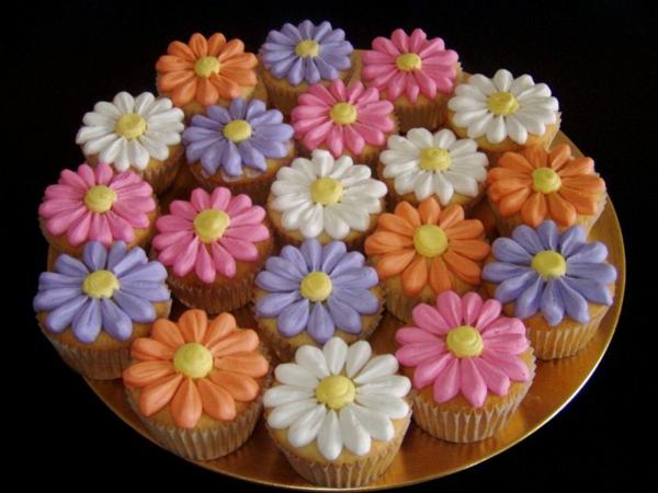 kreative-cupcakes-dekoration-blumen-cupcake-zubehör