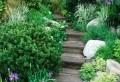 Gartentreppe selber bauen – 40 super Beispiele!