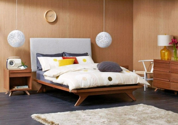 elegantes-schlafzimmer-nordische-möbel-lampen hängen über dem bett