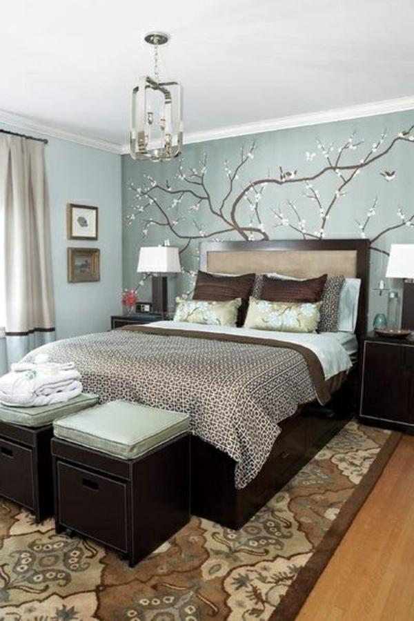 farbideen-für-schlafzimmer-baum