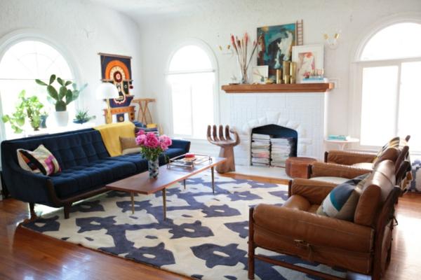 neue-farbideen-für-wohnzimmer-teppich-in-blau-und-weiß