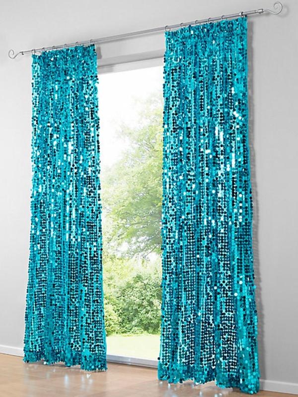 gardinengestaltung--Dekoration-blau