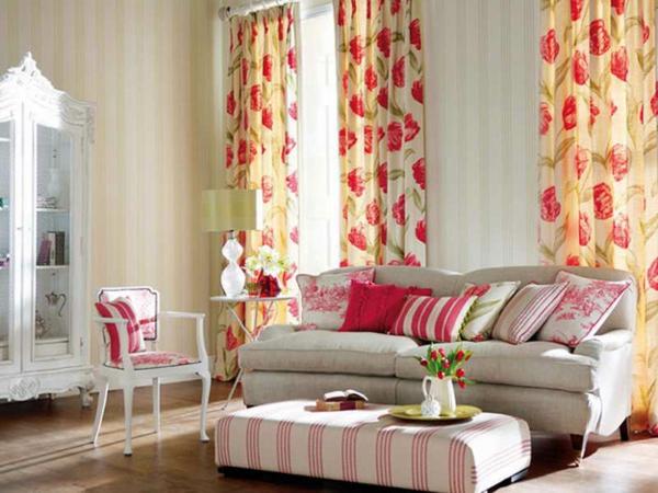 gardinenvorschläg-wohnzimmer-gelb-rosa